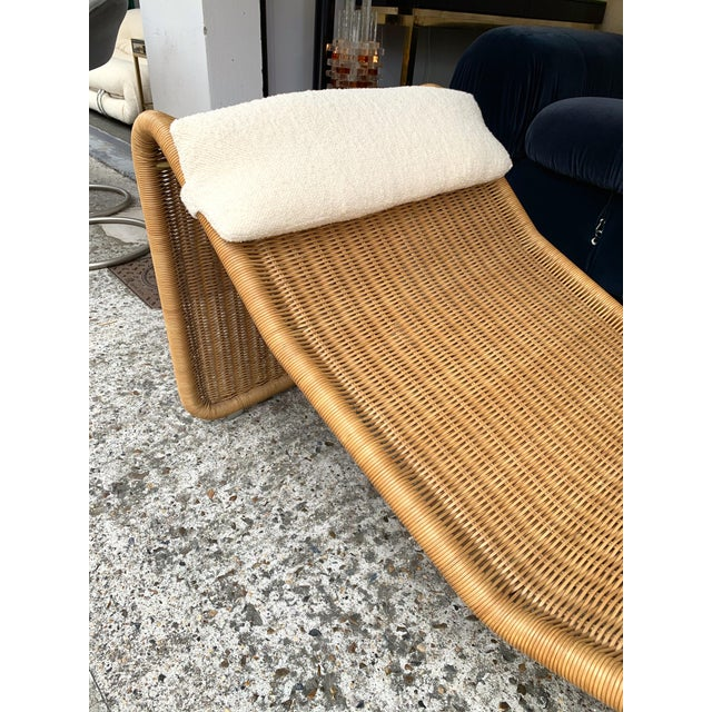 Boho Chic 1970s Italian Rattan Chaise Longue Lounger Chair P3 by Tito Agnoli For Sale - Image 3 of 11