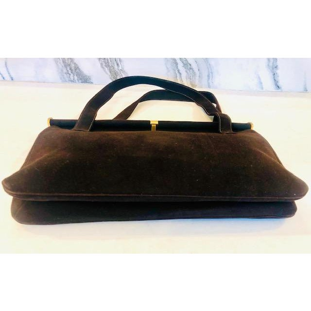 Metal 1940s Koret Chocolate Calfskin Suede Purse For Sale - Image 7 of 13