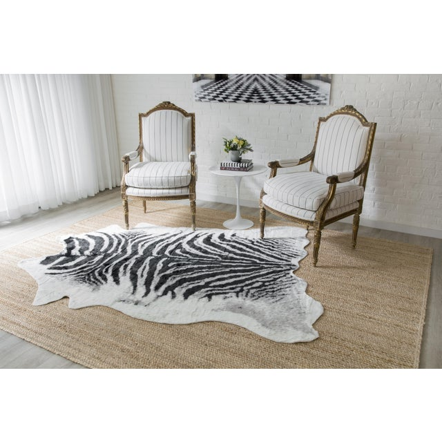 "2010s Erin Gates by Momeni Acadia Zebra Black Faux Hide Area Rug - 5'3"" X 7'10"" For Sale - Image 5 of 7"