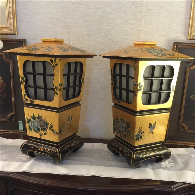 Chinoiserie Gold & Black Lamps - Pair - Image 2 of 6