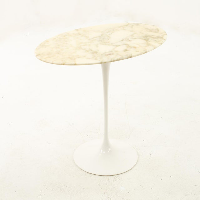 1960s Knoll Mid Century Oval Marble Top Side End Tables With Tulip Base - a Pair For Sale - Image 5 of 12