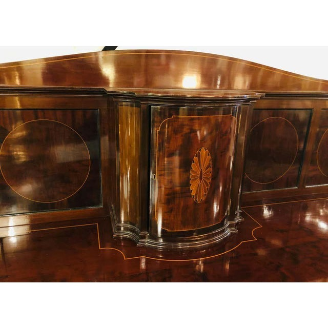 Hollywood Regency Sheraton Flame Mahogany 19th Century Sideboard Buffet With Inlaid Backsplash Top For Sale - Image 3 of 13