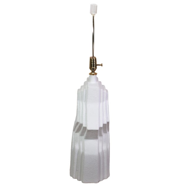 Art Deco 70's Plaster Ziggurat Lamp With Lucite Finial For Sale - Image 3 of 10