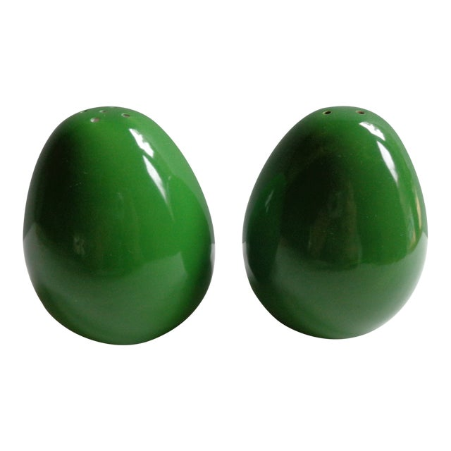 Vintage Japanese Avocado Green Salt and Pepper Shakers - a Pair For Sale
