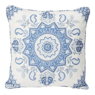 Contemporary Schumacher Double-Sided Pillow in Montecito Medallion II Linen Print For Sale