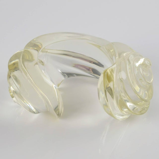 Transparent Fashion Designer Uterque Oversized Bold Deeply Carved Clear Lucite Cuff Bracelet For Sale - Image 8 of 10