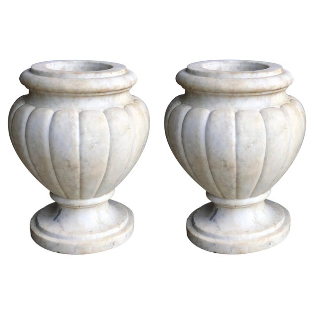 Early 20th Century A Large and Refined Pair of Italian Neoclassical Style Carved Carrera Marble Lobed Urns For Sale - Image 5 of 5
