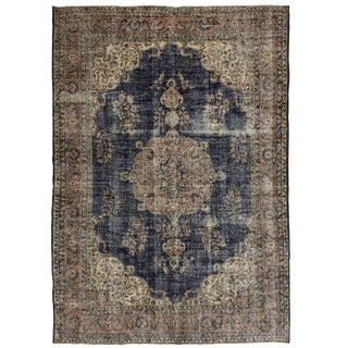 Distressed Vintage Turkish Carpet | 7'1 X 10'4