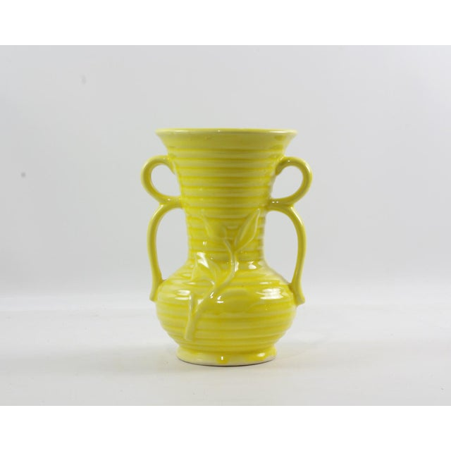 Art Nouveau 1950s Shawnee Pottery Yellow Vase With Handles For Sale - Image 3 of 9