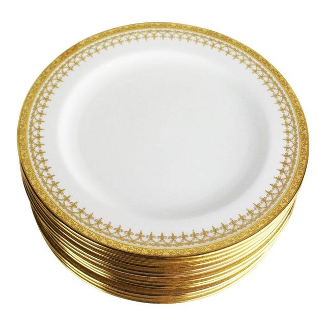 1920s Cauldon English Gold Band Porcelain Dinner Plates - Set of 12 For Sale - Image 5 of 5
