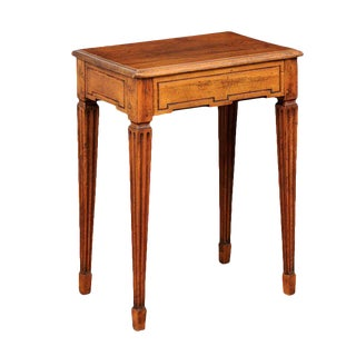 French Late 19th Century Oak and Walnut Side Table with Tilt-Top and Fluted Legs