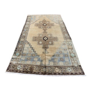 Turkish Anatolian Wool Carpet - 4′8″ × 10′2″ For Sale