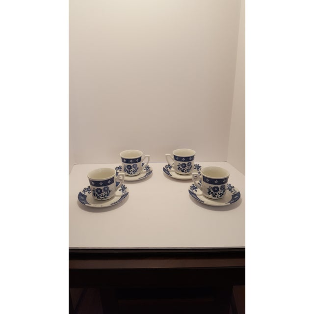 1900s Royal Staffordshire Cathay J&g Meakin Cups & Saucers - Service for 4 For Sale - Image 5 of 5