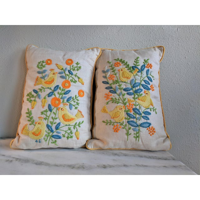 Vintage Embroidered Crewel Bird Throw Pillows - A Pair For Sale - Image 4 of 10