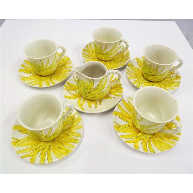 Modern Ernestine Ceramics, Salerno, Italy 1960s, 5 Cups Saucers Plus Creamer Chrysantemum Pattern - Set of 12 For Sale - Image 12 of 12