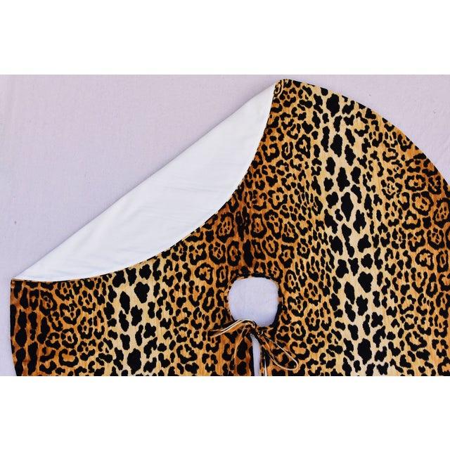 """Textile X-Large 55"""" Custom-Tailored Leopard Velvet Christmas Tree Skirt For Sale - Image 7 of 10"""
