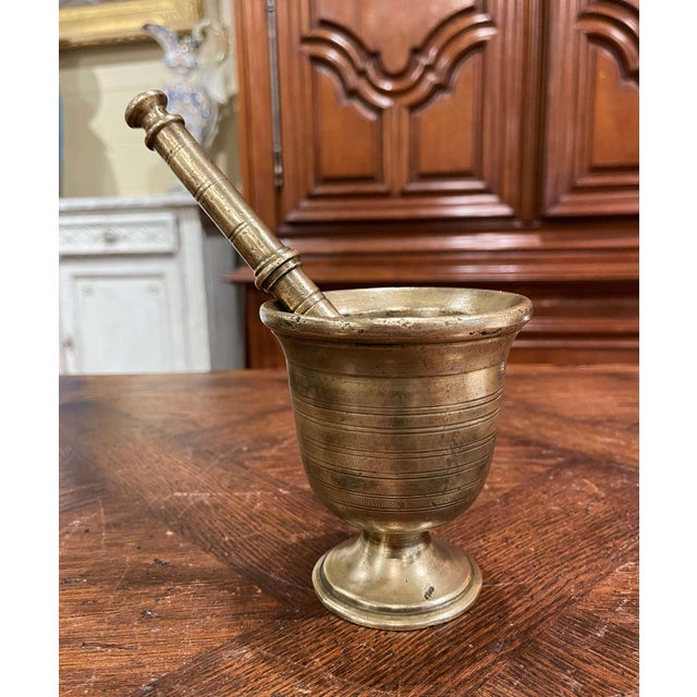 Mid-19th Century French Patinated Bronze Mortar With Original Pestle For Sale - Image 4 of 7