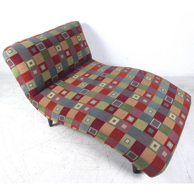 Mid-Century Modern Style Chaise Lounge - Image 4 of 8