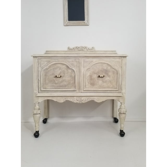 1960s Contemporary Linen Sideboard For Sale - Image 9 of 9