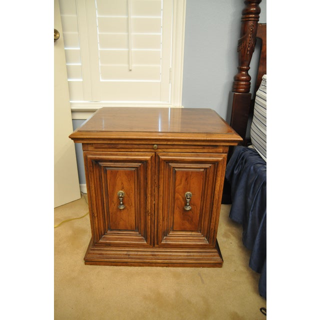 Henredon Nightstands - A Pair - Image 5 of 5