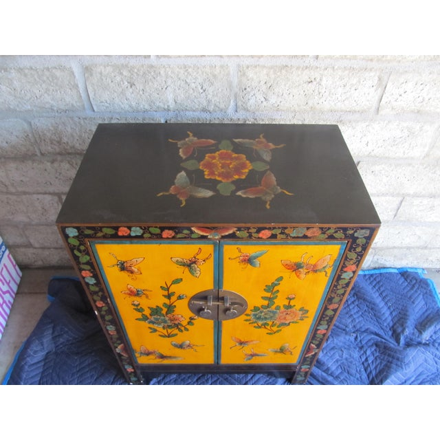 Asian 20th Century Asian Hand-Painted Yellow Shoe Cabinet For Sale - Image 3 of 4