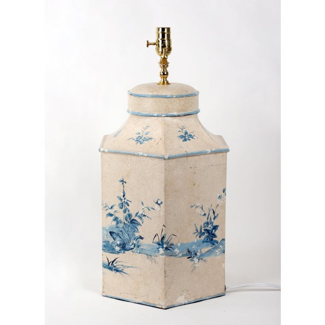 Mid 20th Century Vintage Hand-Painted British Export Tea Caddy Table Lamp For Sale - Image 5 of 10