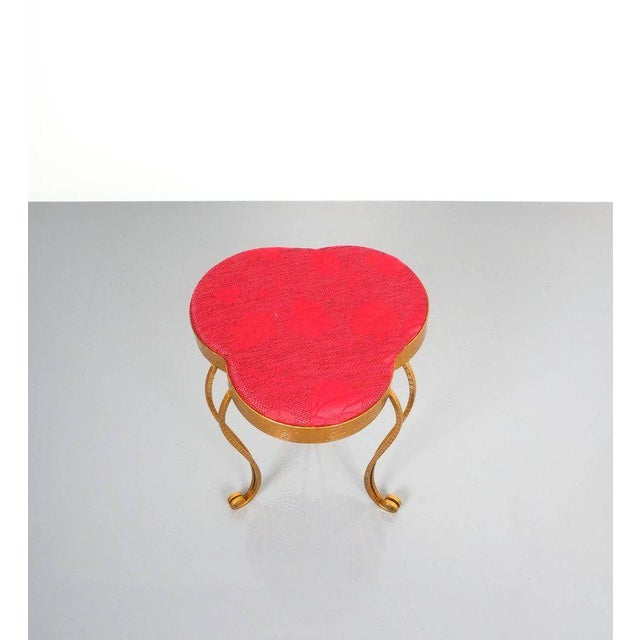 Italian Pair of Pier Luigi Colli Gold Iron Clover Stools Red Fabric, Italy, 1950 For Sale - Image 3 of 9