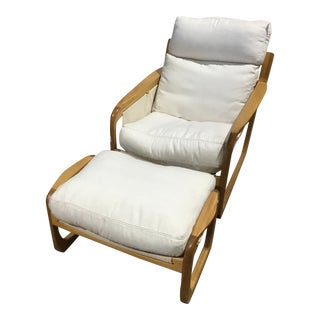 Sossego Pitu White Chair & Ottoman Designed by Aristeu Pires For Sale