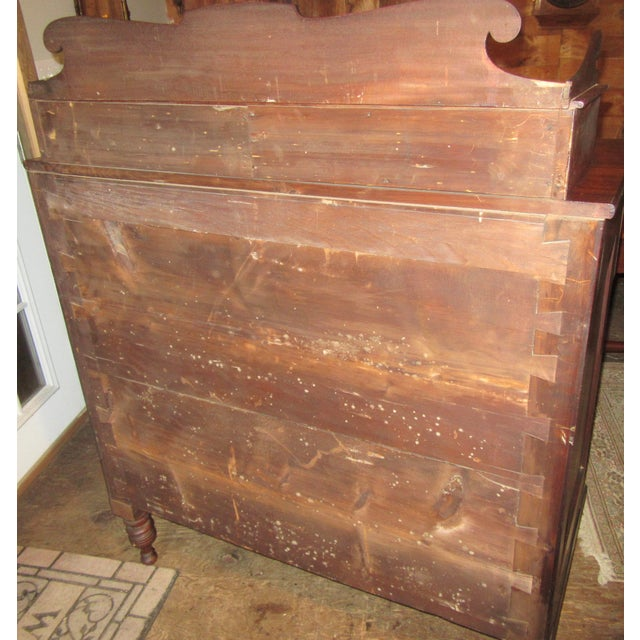 Early 19th Century Antique Empire Paw Foot Crotch Mahogany Chest of Drawers For Sale - Image 5 of 13