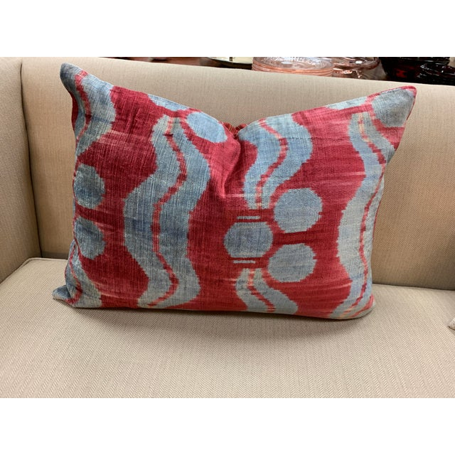 Contemporary Handwoven Cotton Velvet Pillow For Sale In New York - Image 6 of 9
