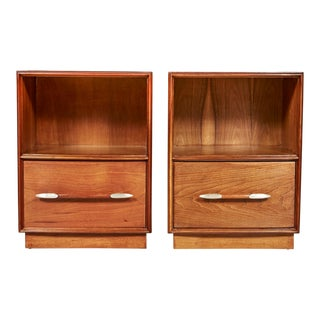 1950s Walnut Nightstands by Widdicomb, Pair For Sale