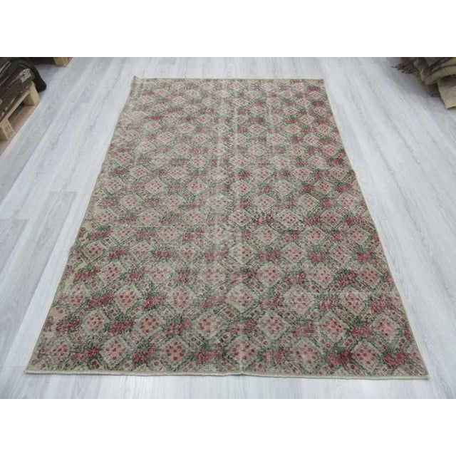 Art Deco Vintage Turkish Art Deco Hand-Knotted Rug - 5′1″ × 7′11″ For Sale - Image 3 of 6