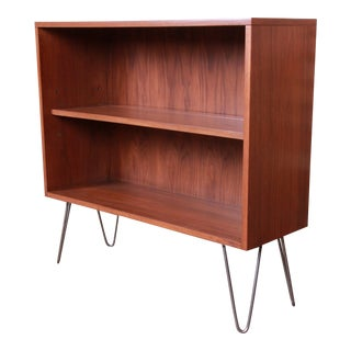 Paul McCobb for Calvin Furniture Walnut Bookcase on Hairpin Legs, Newly Refinished For Sale