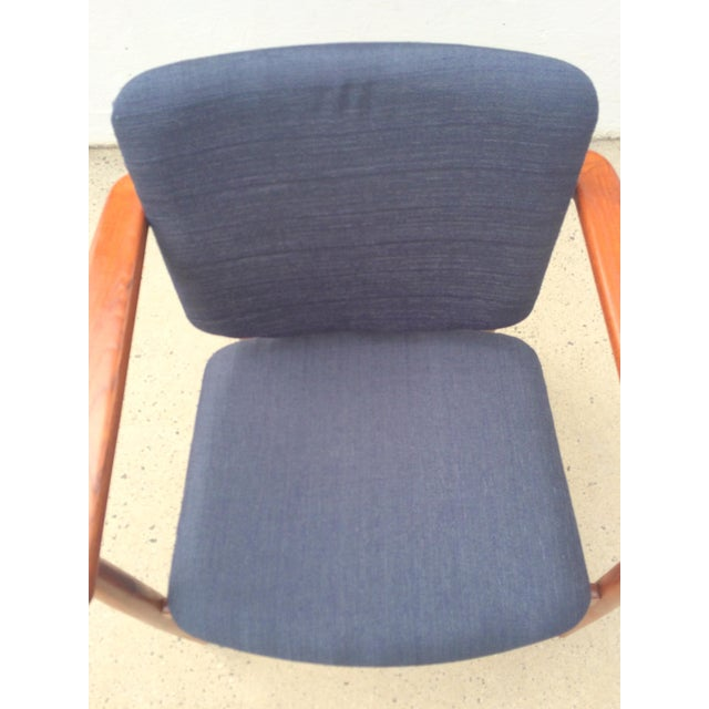 Danish Modern Børge Mogensen Lænestol Armchair in Blue For Sale - Image 9 of 10