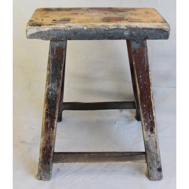 Vintage rustic primitive country farmhouse accent stool with mortise and tenon construction. No maker's mark. Some scuffs,...