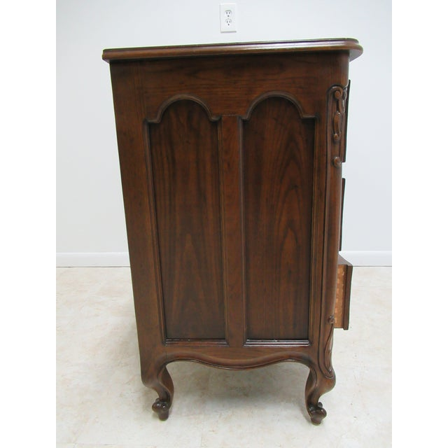 1980s Vintage Henredon Four Centuries French Country Style Bachelors Commode For Sale - Image 10 of 12