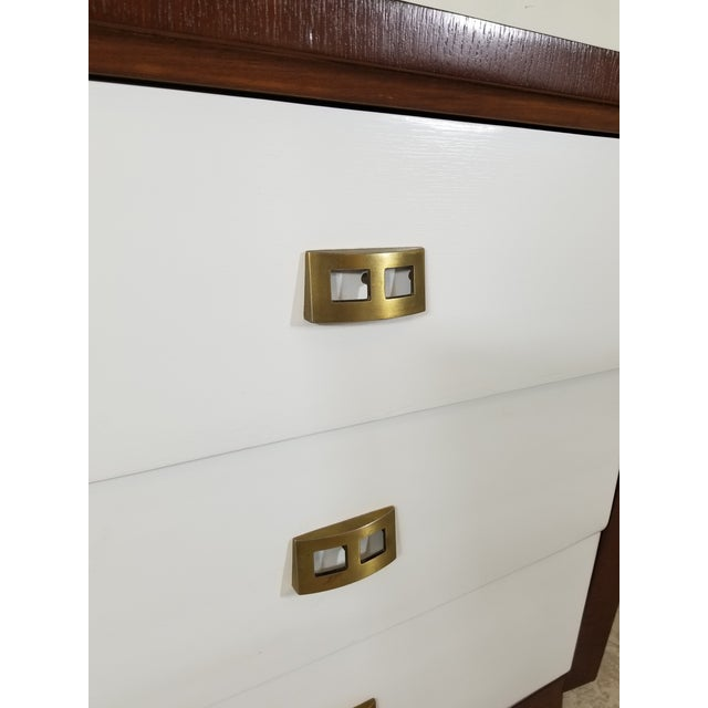 Brown Pair of Modern Chest of Drawers For Sale - Image 8 of 13