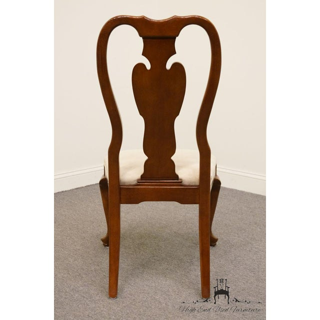 Late 20th Century Universal Furniture Cherry Splat Back Queen Anne Style Dining Side Chair For Sale - Image 5 of 8