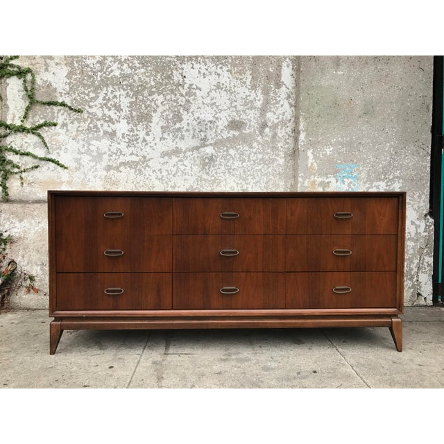 Mid-Century Vintage 9 Drawer Dresser - Image 2 of 5