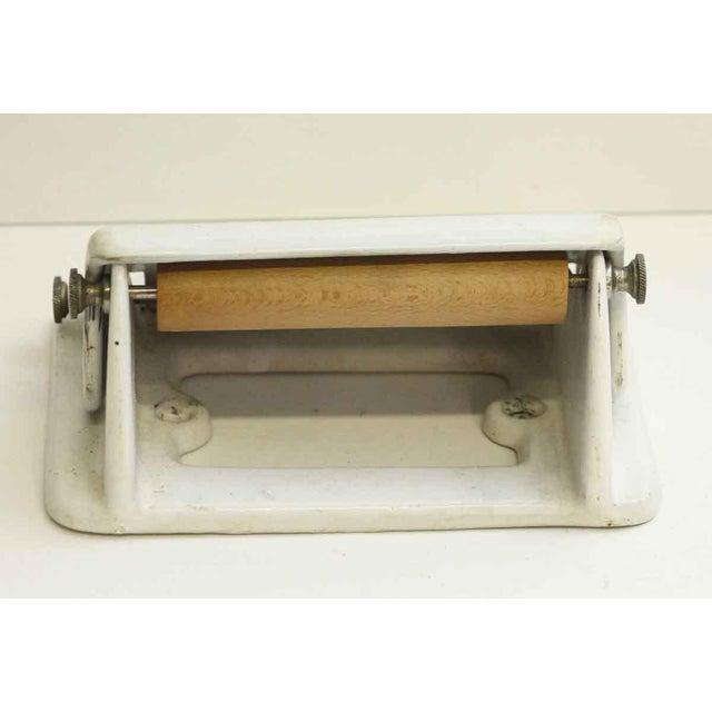 Vintage White Toilet Paper Holder - Image 2 of 7