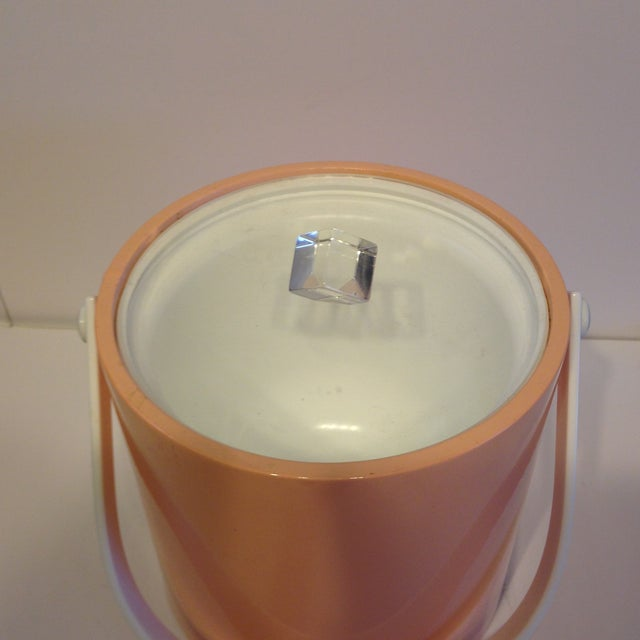 Peach And Lucite Ice Bucket - Image 3 of 5