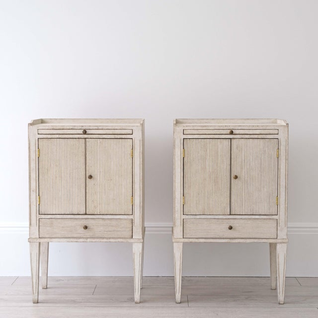 Gustavian (Swedish) Pair of Lotta Gustavian Style Nightstands For Sale - Image 3 of 13