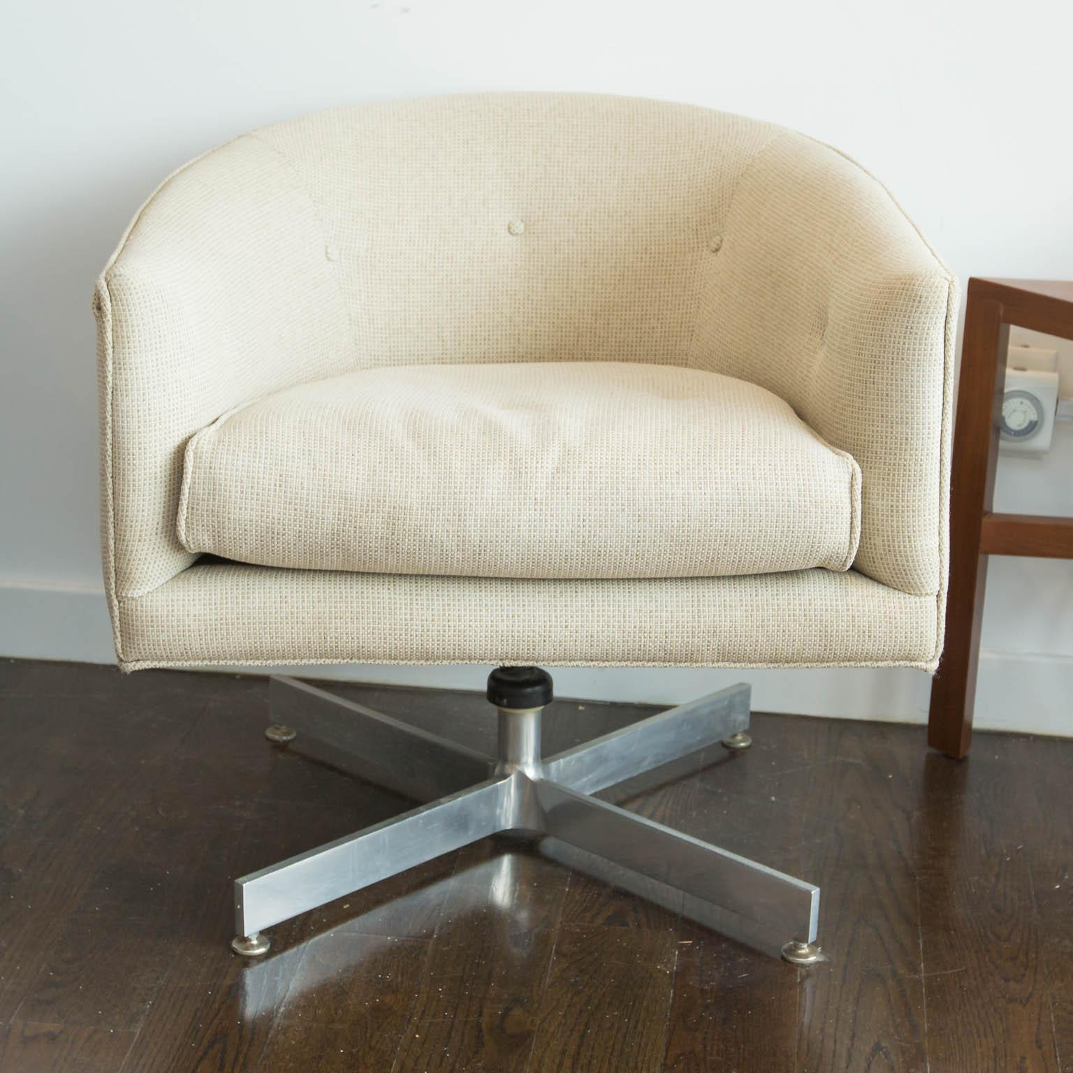Milo Baughman For Thayer Coggin X Base Swivel Chair   Image 2 Of 7