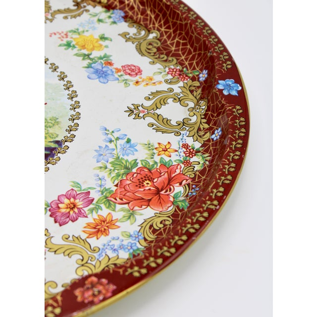 Vintage Chinoiserie Tole Floral Red and Gold Circular Tray For Sale In Tulsa - Image 6 of 12