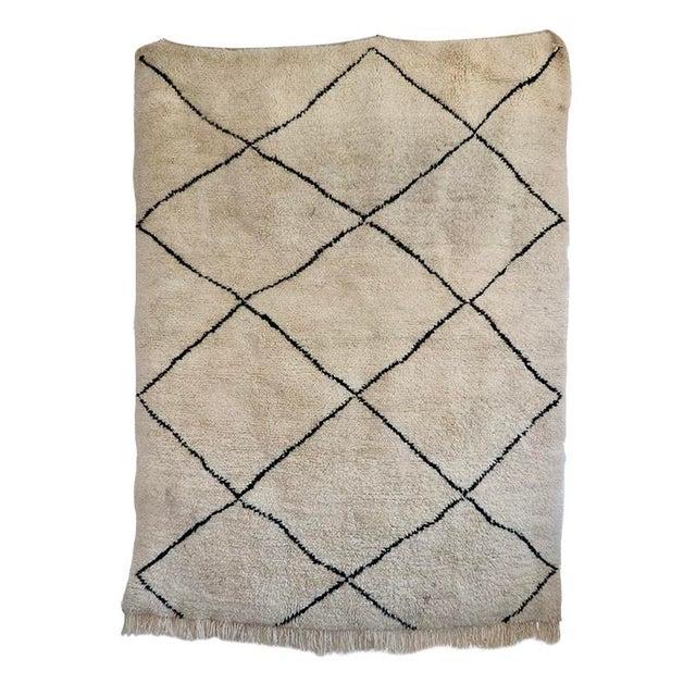 "Islamic Islamic Beni Ourian Wool Rug - 67"" X 94"" For Sale - Image 3 of 3"