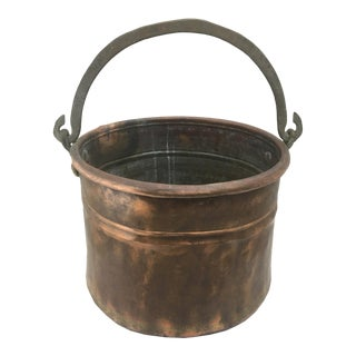 Hand-Hammered Vintage Copper Cauldron With Brass Handle For Sale