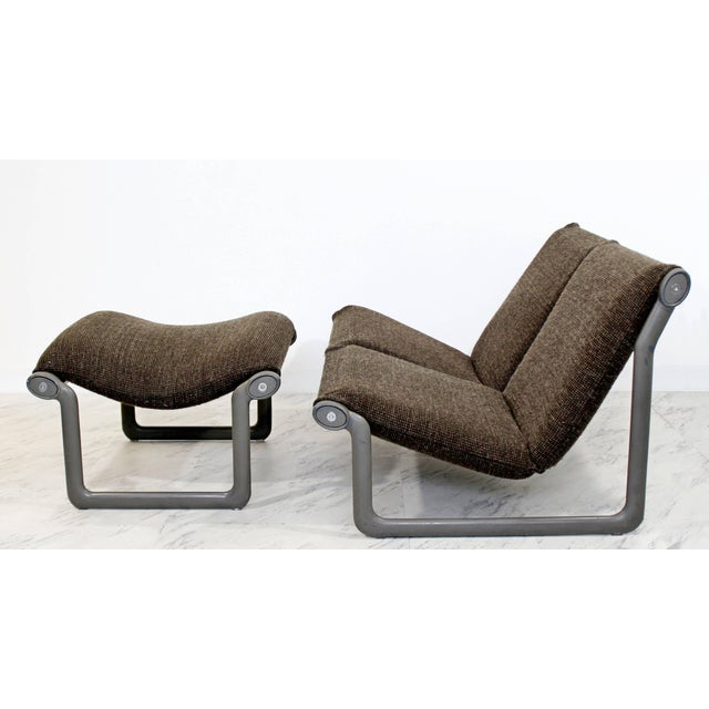 Hannah & Morrison Mid-Century Modern Hannah Morrison Knoll Two-Seat Sling Sofa & Ottoman - Set of 2 For Sale - Image 4 of 10