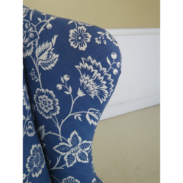 Kittinger Kittinger Cw-12 Colonial Williamsburg Blue Upholstered Mahogany Wing Chair For Sale - Image 4 of 13