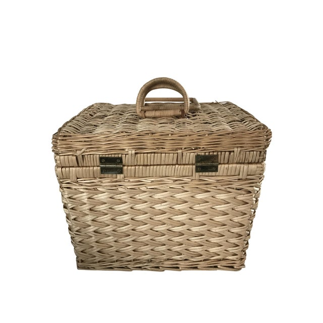 Picnic Baskets For 4 Ireland : Vintage picnic basket chairish