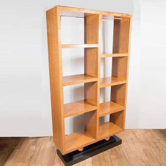 Tan American Art Deco Style Illuminated Presentation Shelving Unit or Bookcase For Sale - Image 8 of 10